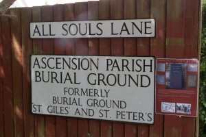 THE ENTRANCE SIGN TO THE BURIAL GROUND
